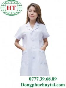 Đồng phục bác sĩ nữ ngắn tay